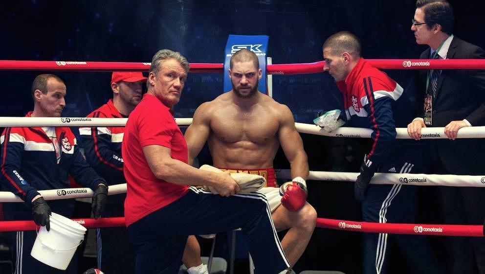Dolph Lundgren und Florian Munteanu spielen die Familie Drago.