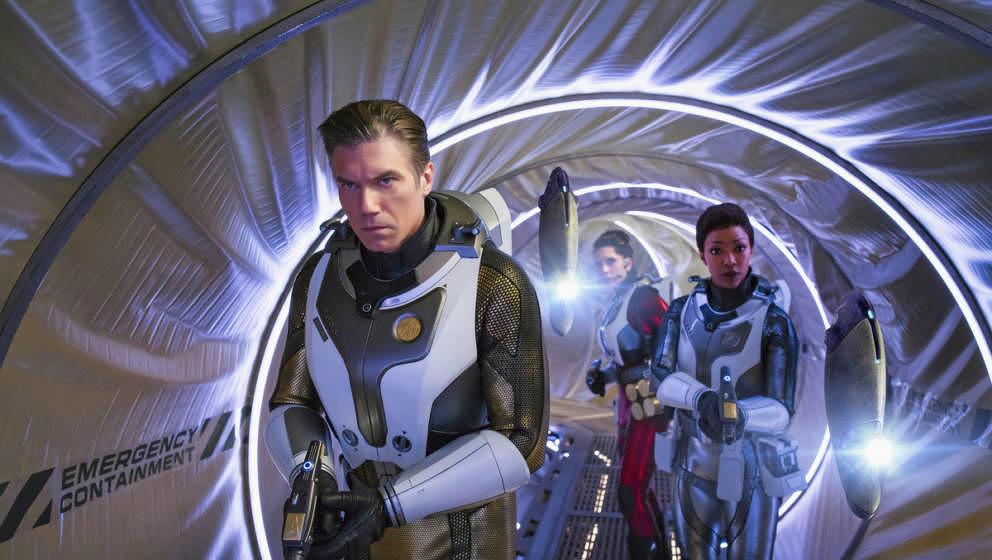 Ep #201 - Pictured: Anson Mount as Captain Pike; Rachael Ancheril as Lt. Nhan; Sonequa Martin-Green as Michael Burnham; of th