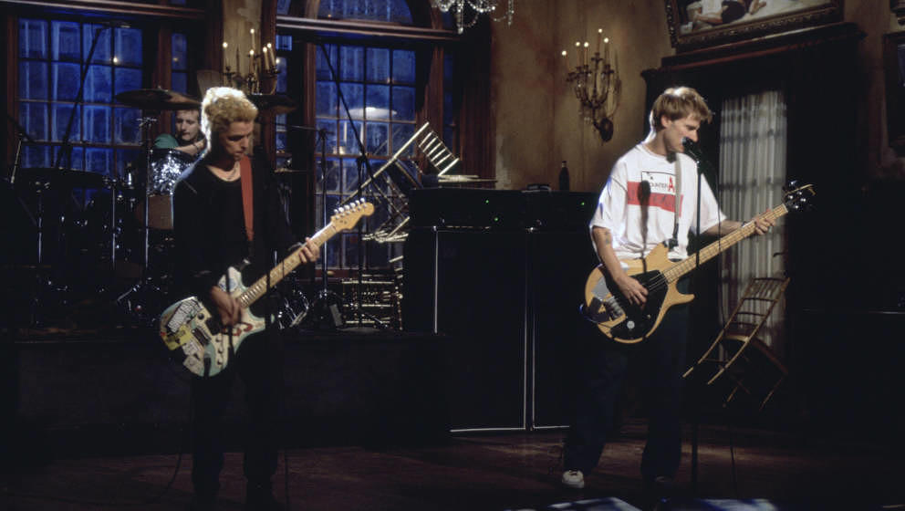 SATURDAY NIGHT LIVE -- Episode 7 -- Air Date 12/03/1994 -- Musical guest Green Day -- Pictured: (l-r) Billie Joe Armstrong, M