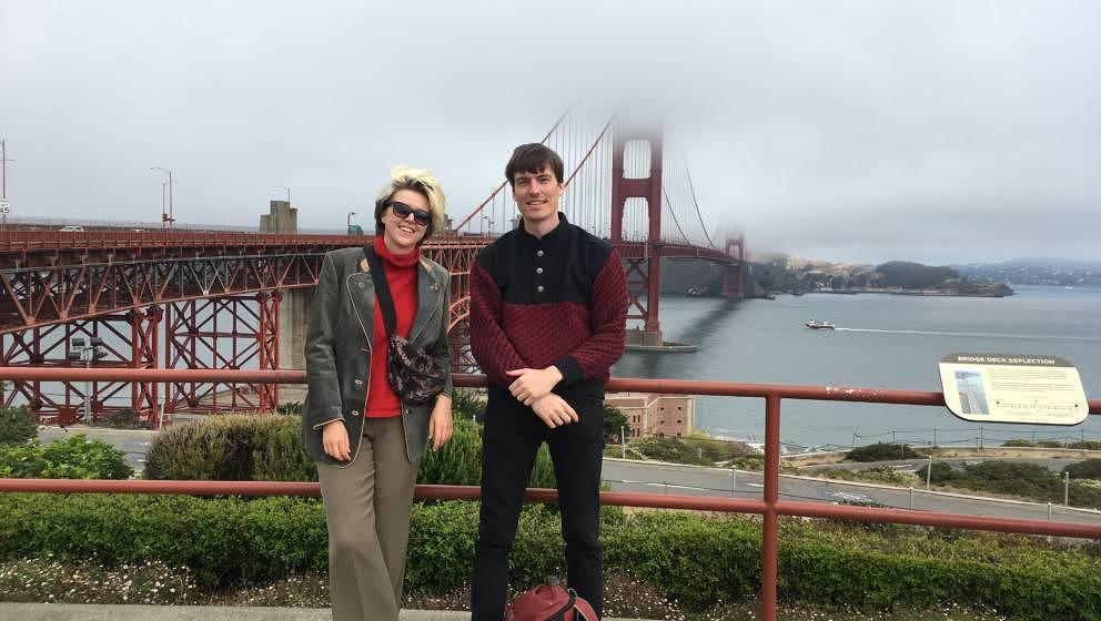 Zwischendurch mal ganz normal Touri-Sein: Ossi Viola und Lo Selbo von Itaca vor der Golden Gate Bridge