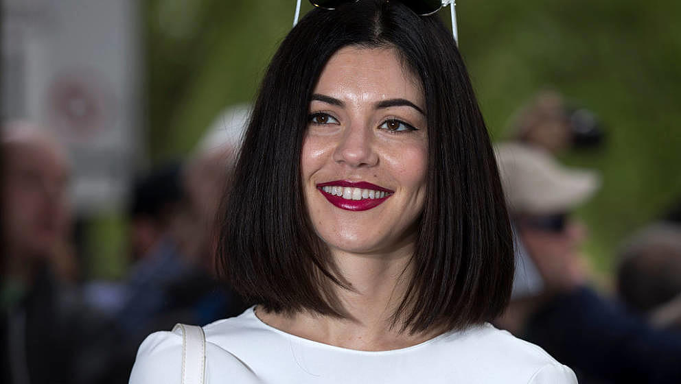 Marina (ohne Diamonds) kündigt neues Doppelalbum 'LOVE + FEAR' an - Musikexpress