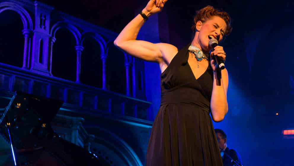 LONDON, ENGLAND - NOVEMBER 16:  Amanda Palmer performs at the Union Chapel on November 16, 2017 in London, England.  (Photo b