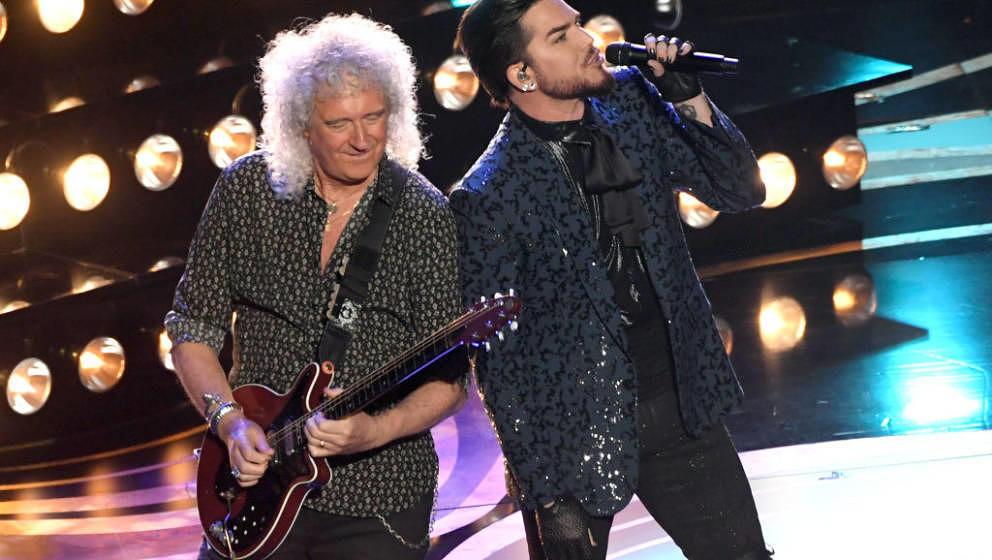 Adam Lambert (links) und Brian May von Queen 2019 in Hollywood