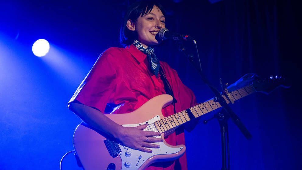 LONDON, ENGLAND - NOVEMBER 07:  Stella Donnelly performs at Omeara London on November 7, 2018 in London, England.  (Photo by