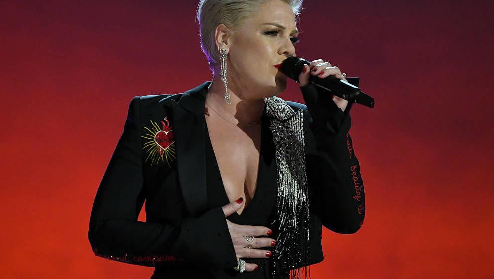 P!nk performt bei einer Show in Los Angeles, California.