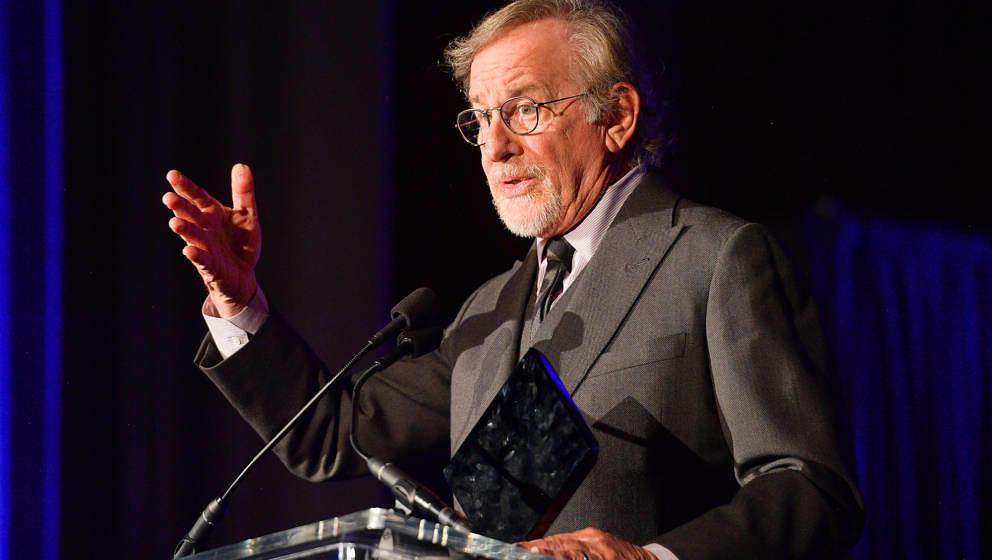 Steven Spielberg hat seinen Kampf gegen Netflix verloren.