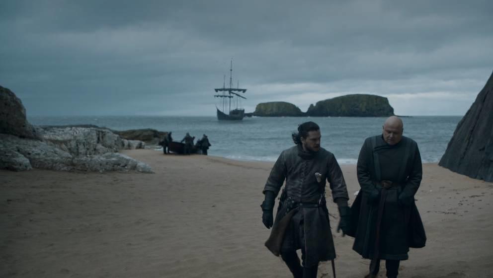 Jon Snow und Varys vor der Schlacht von Königsmund.