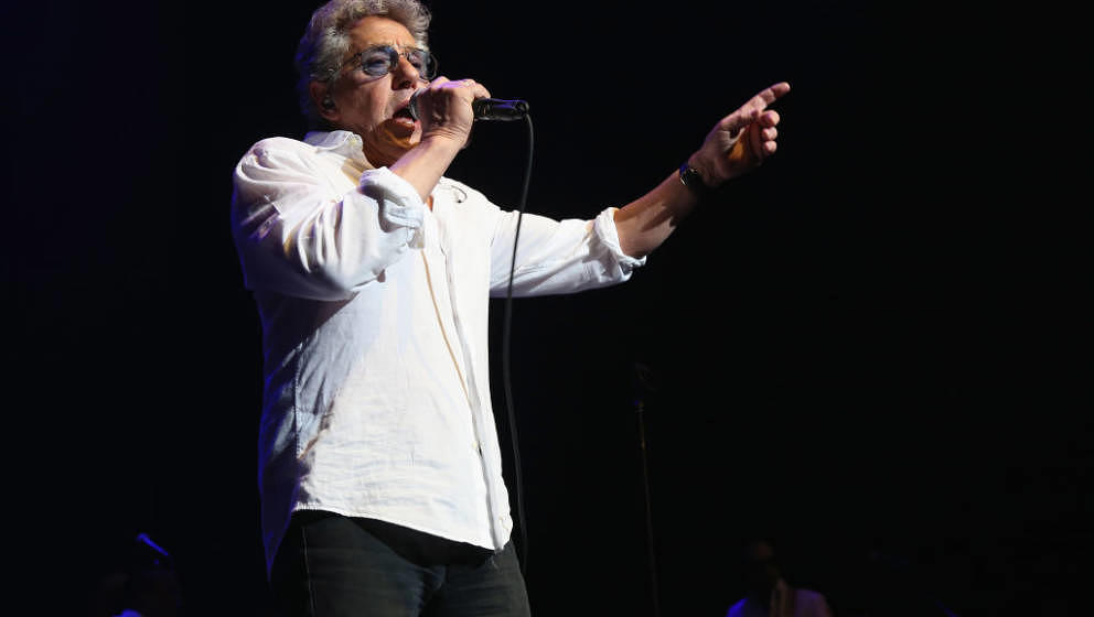 NEW YORK, NY - APRIL 27:  Musician Roger Daltrey performs during the 2018 We Are Family Foundation Celebration Gala at Hammer