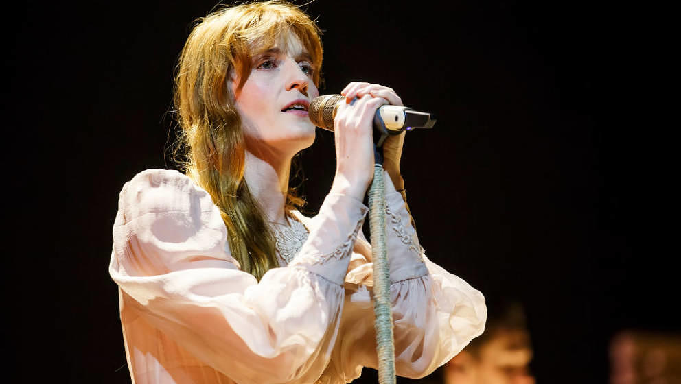 BARCELONA, SPAIN - MARCH 20:  Florence Welch of Florence and the Machine performs in concert at Palau Sant Jordi on March 20,