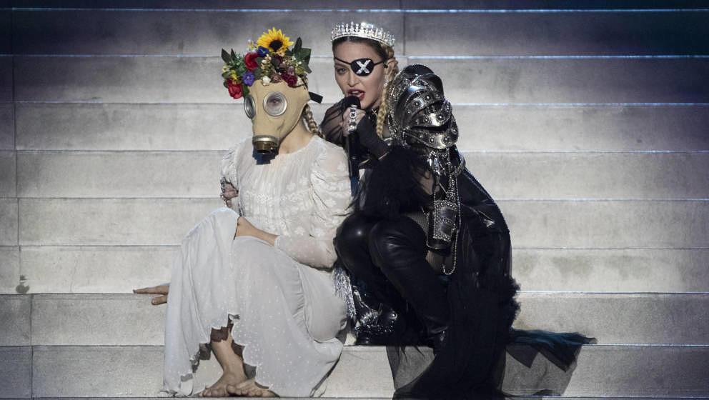 ESC vs. Madonna, Fusion vs. Polizei, Vengaboys vs. Strache: Die pralle Popwoche im Rückblick - Musikexpress