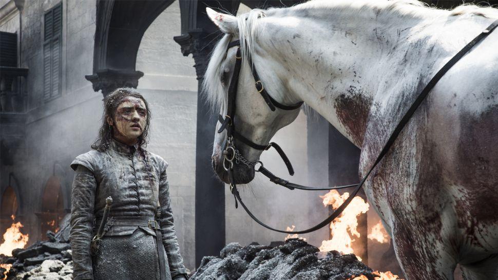 """Noch völlig fertig vom Finale? Hier sind 7 """"Game of Thrones""""-Alternativen – mit teilweise verblüffenden Parallelen"""