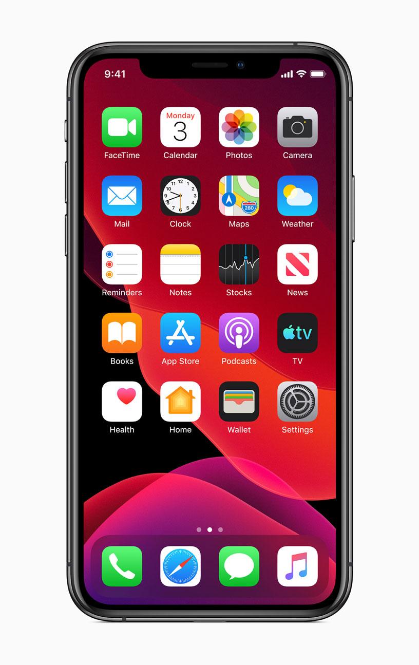 Größtes Highlight von iOS 13: Der neue Dunkelmodus, der sich auf dem Homescreen nur im Dock widerspiegelt