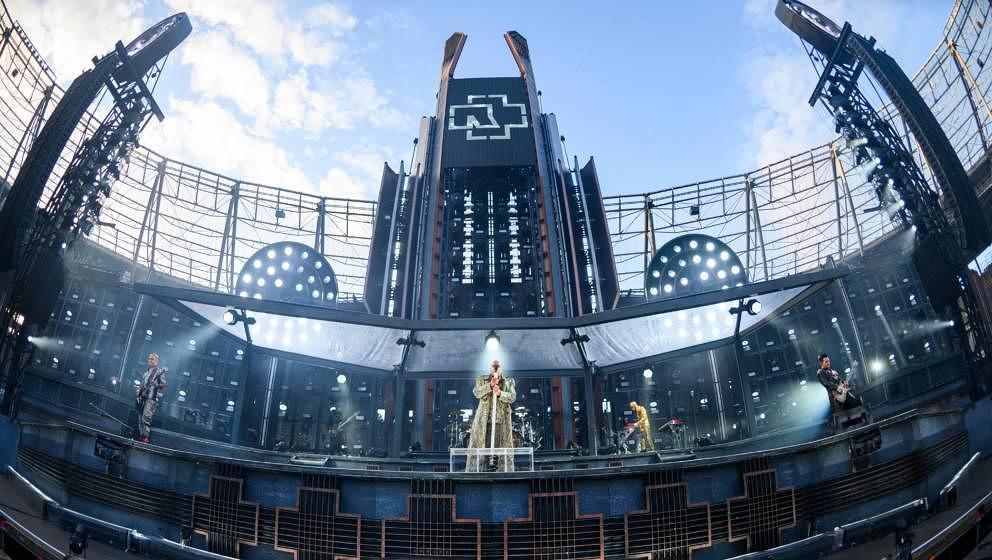 Rammsteins Bühne in der Hannoverschen HDI Arena