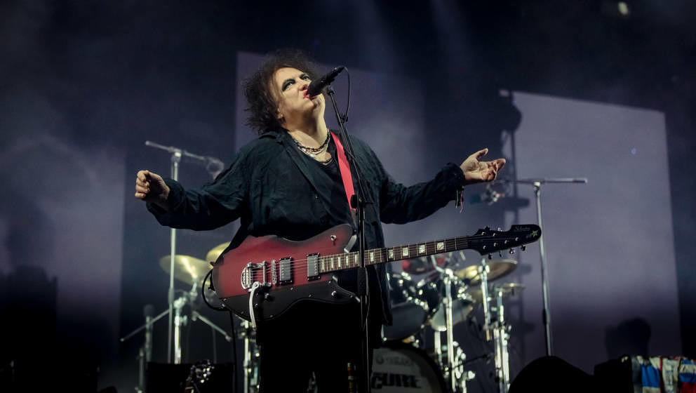 Robert Smith mit The Cure live beim Roskilde Festival 2019