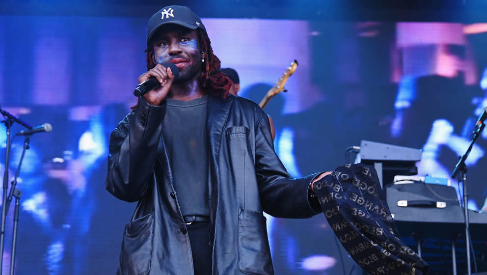 NEW YORK, NEW YORK - MAY 31: Dev Hynes and Blood Orange performs at the 2019 Governors Ball Festival at Randall's Island on M