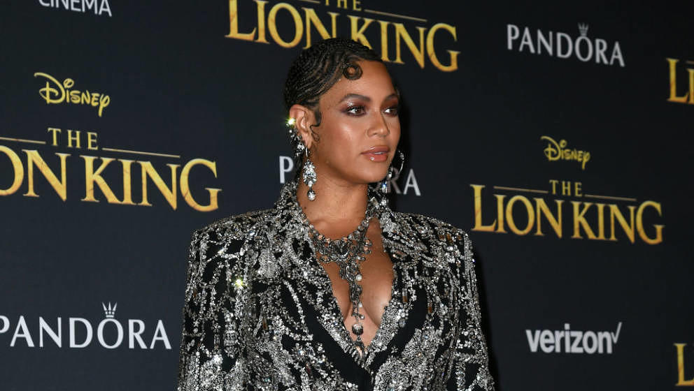 HOLLYWOOD, CALIFORNIA - JULY 09: Beyoncé attends the premiere of Disney's 'The Lion King' at Dolby Theatre on July 09, 2019