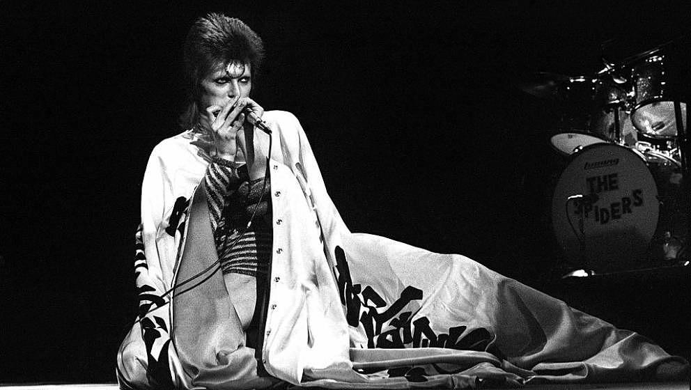 LONDON - MAY 12: David Bowie performs live on stage at Earls Court Arena on May 12 1973 during the Ziggy Stardust tour (Photo
