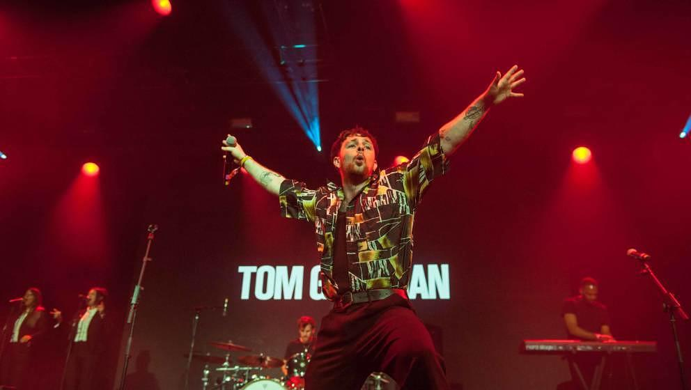 19.07.2019, Seeflughafen , Cuxhaven/Nordholz, GER, Festival, Konzert, Deichbrand, Band  im Bild 'TOM GRENNAN'live im Palastz