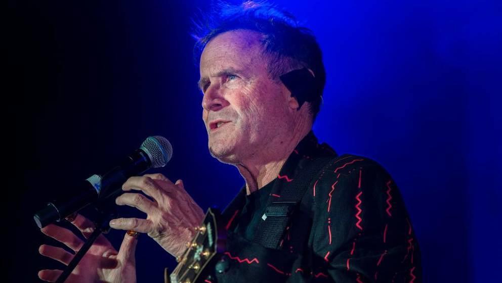 Johnny Clegg, hier live in Kapstadt im Sommer 2017. Der Zulu-Musiker starb mit 66 Jahren in Johannesburg.