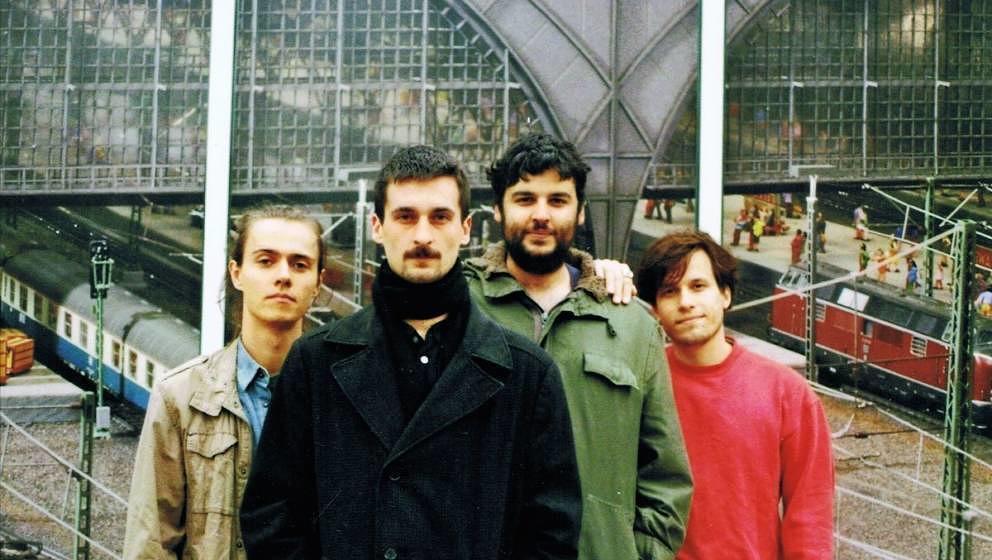 Das Debütalbum der Düsseldorf Düsterboys erscheint am 25. Oktober.