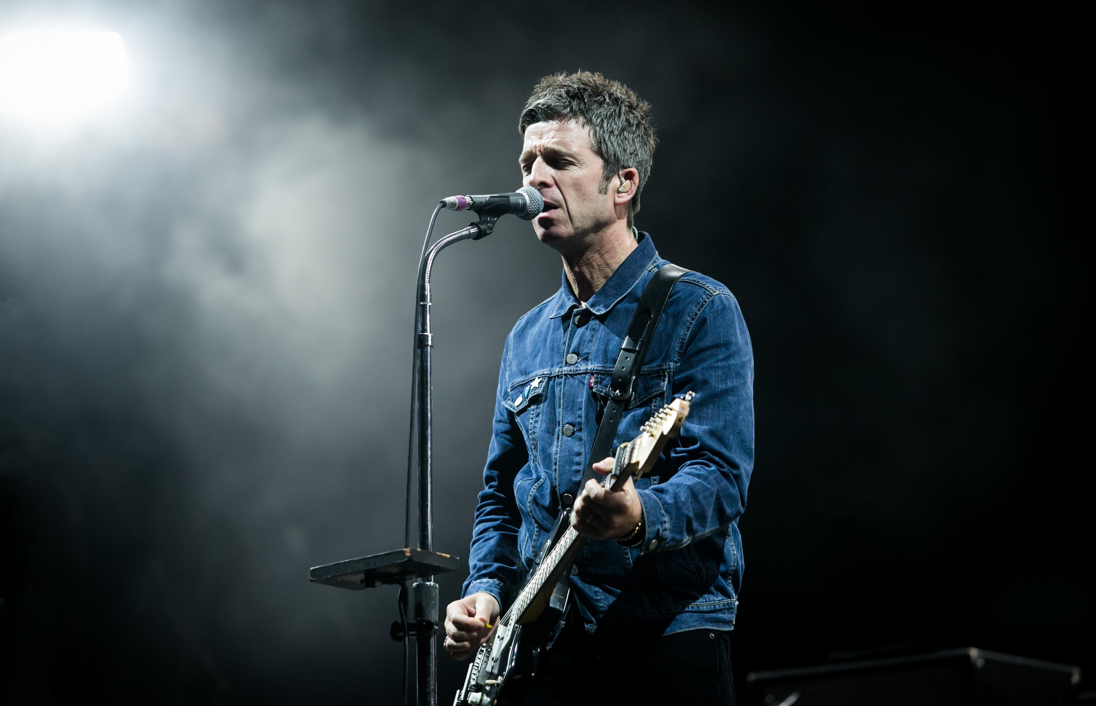"""Noel Gallagher's High Flying Birds veröffentlichen neuen Song """"A Dream Is All I Need To Get..."""