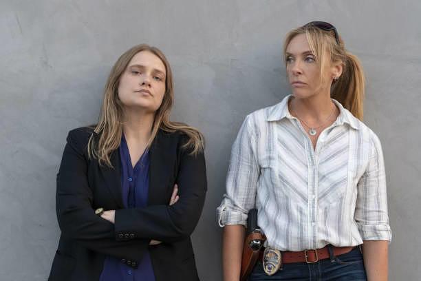 Ohne sie wäre der Vergewaltiger von Marie Adler und mindestens 30 weiteren Frauen wohl bis heute nicht gefunden worden: Karen Duvall (Merrit Wever) und Grace Rasmussen (Toni Collette)