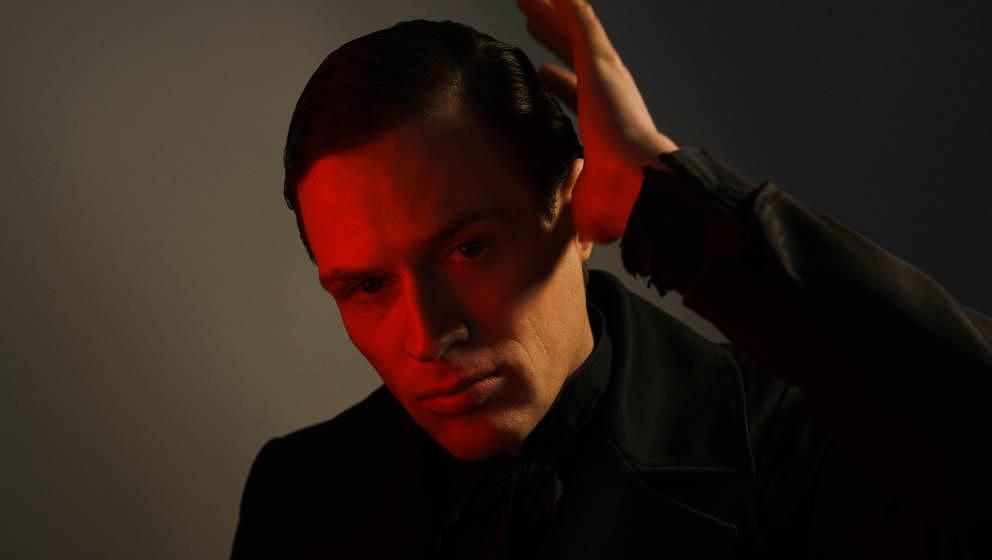 HANDOUT - 10.12.2018, ---: Der Schweizer Sänger Dagobert (undatierte Aufnahme). Er singt über Liebe mit scheinbar unkompliz