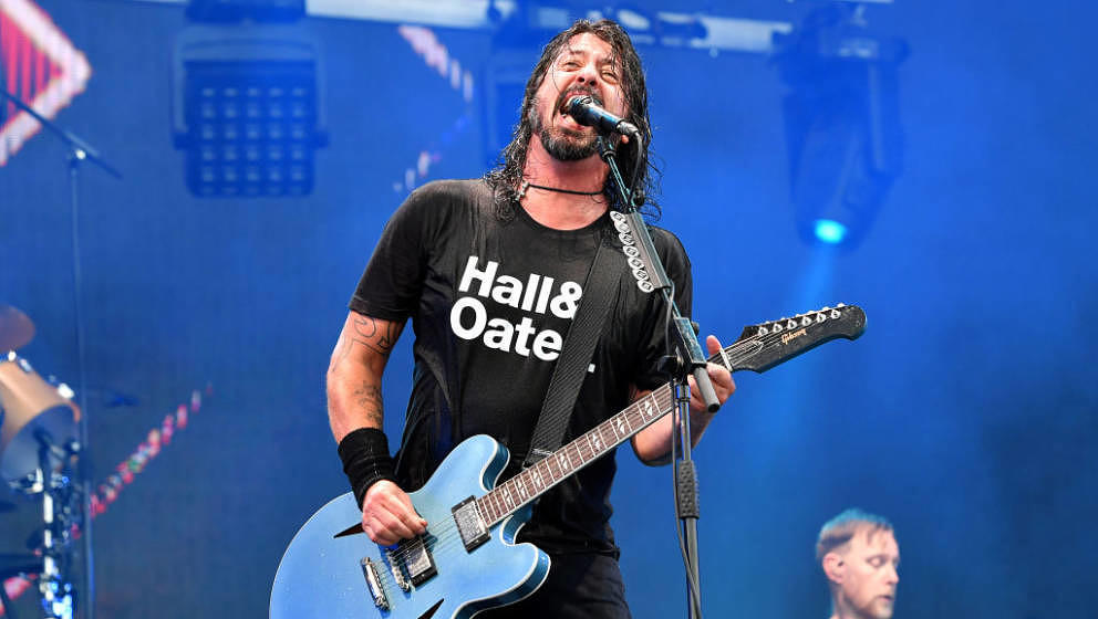 FRANKLIN, TENNESSEE - SEPTEMBER 22: Dave Grohl of Foo Fighters performs onstage during day 2 of the 2019 Pilgrimage Music &am
