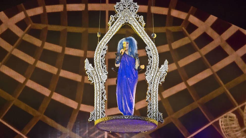 So kam sie auf die Bühne: Cher live in der Mercedes-Benz Arena am 26.September 2019 in Berlin