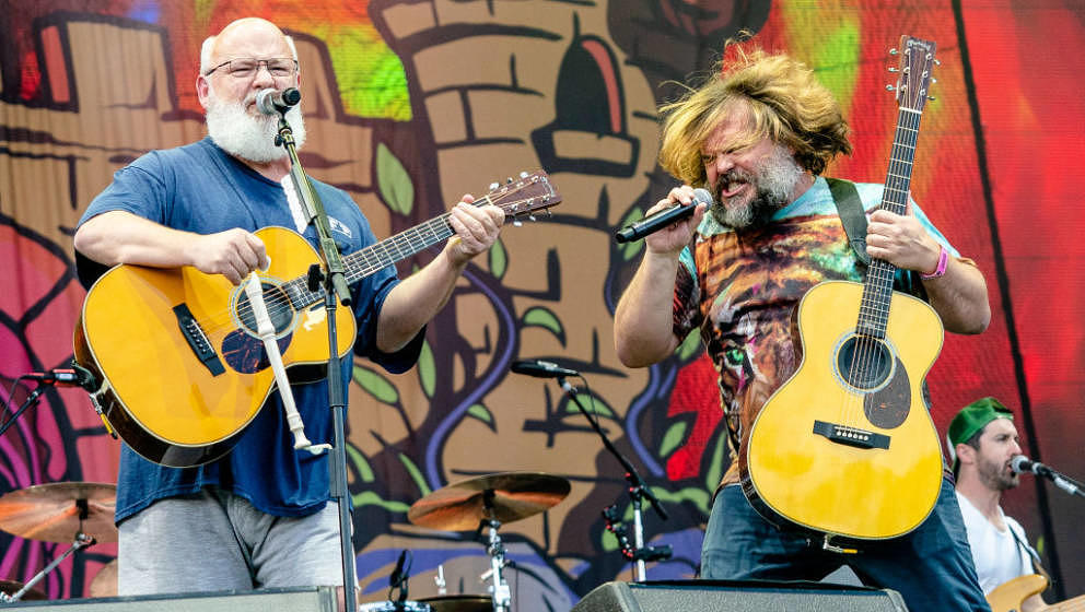 CHICAGO, ILLINOIS - AUGUST 03: Kyle Gass (L) and Jack Black of Tenacious D perform at the Lollapalooza Music Festival at Gran
