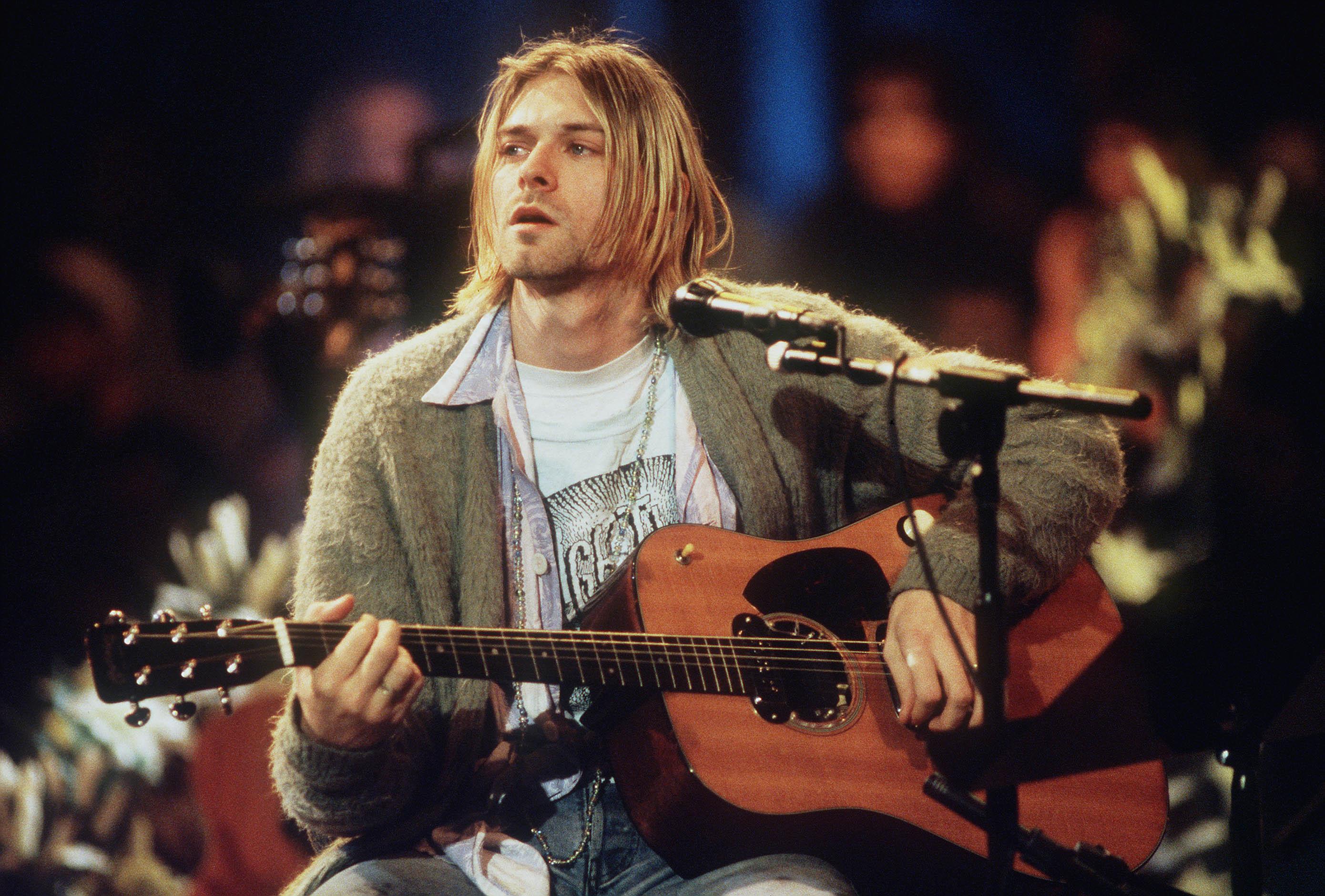 """Nirvana: Kurt Cobains """"MTV Unplugged""""-Cardigan wird zum zweiten Mal..."""
