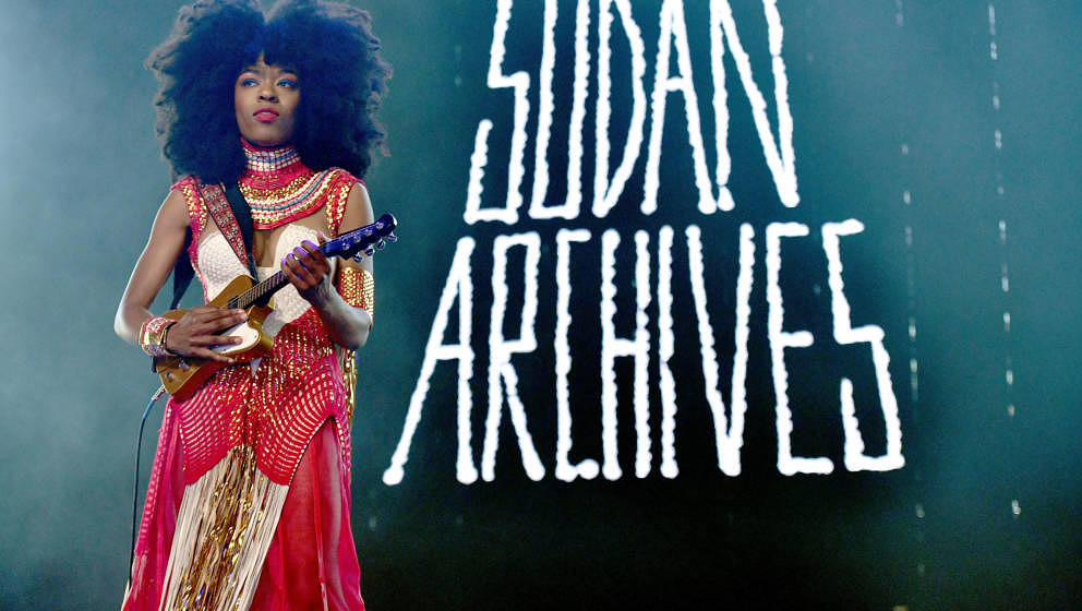 INDIO, CA - APRIL 14:  Singer Sudan Archives, real name Brittney Parks, performs on the Gobi stage during week 1, day 2 of th