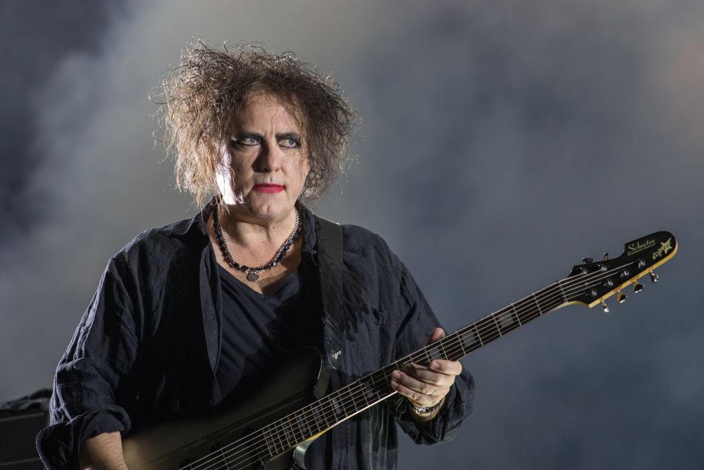 """The Cure veröffentlichen """"40 Live – Curaetion 25 –..."""