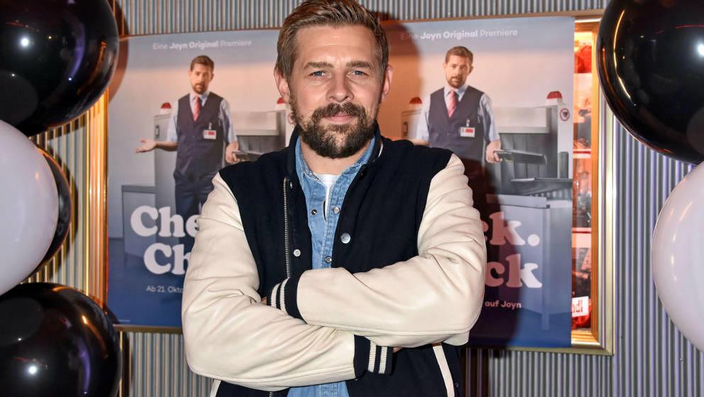 Klaas Heufer-Umlauf bei der 'Check Check'-Premiere in Astor Film Lounge, Oktober 2019 in Berlin,