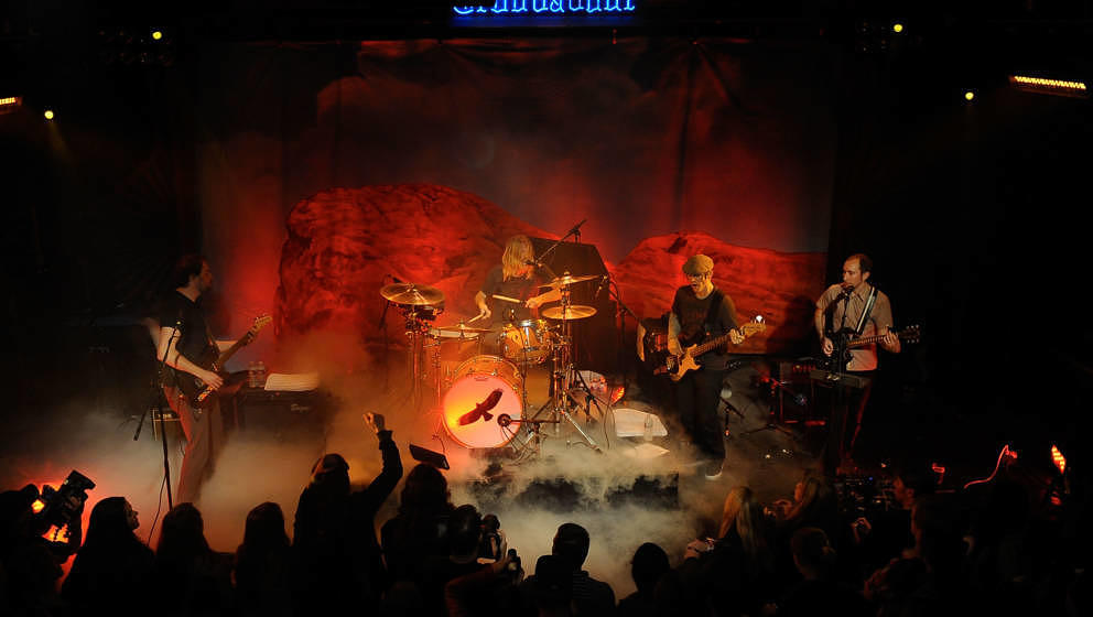 Taylor Hawkins & The Coattail Riders live im April 2010 in Los Angeles