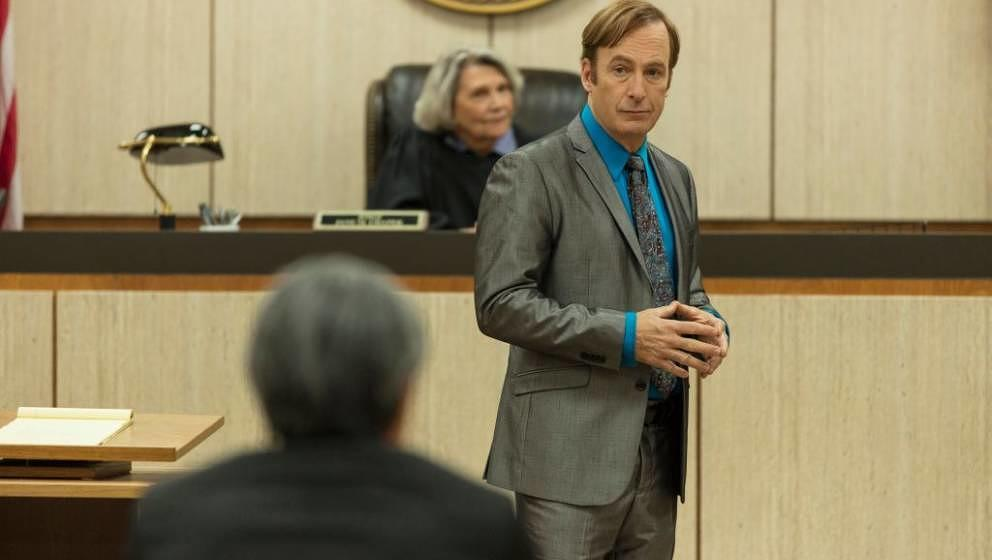 Bob Odenkirk as Jimmy McGill, Frances Lee McCain as Judge Chapak - Better Call Saul _ Season 5 - Photo Credit: Greg Lewis/AMC