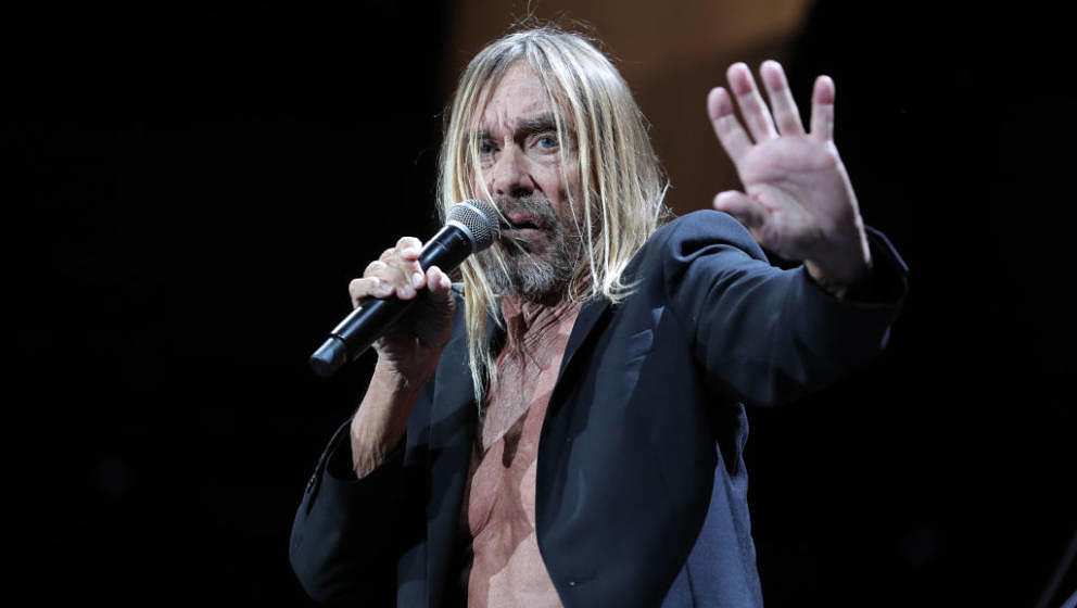 SAN BERNARDINO, CA - OCTOBER 06: Iggy Pop performs on stage during Cal Jam 18 at Glen Helen Regional Park on October 06, 2018