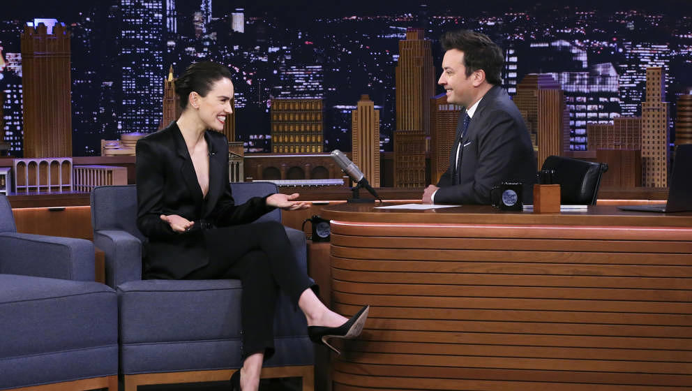 THE TONIGHT SHOW STARRING JIMMY FALLON -- Episode 1163 -- Pictured: (l-r) Actress Daisy Ridley during an interview with host
