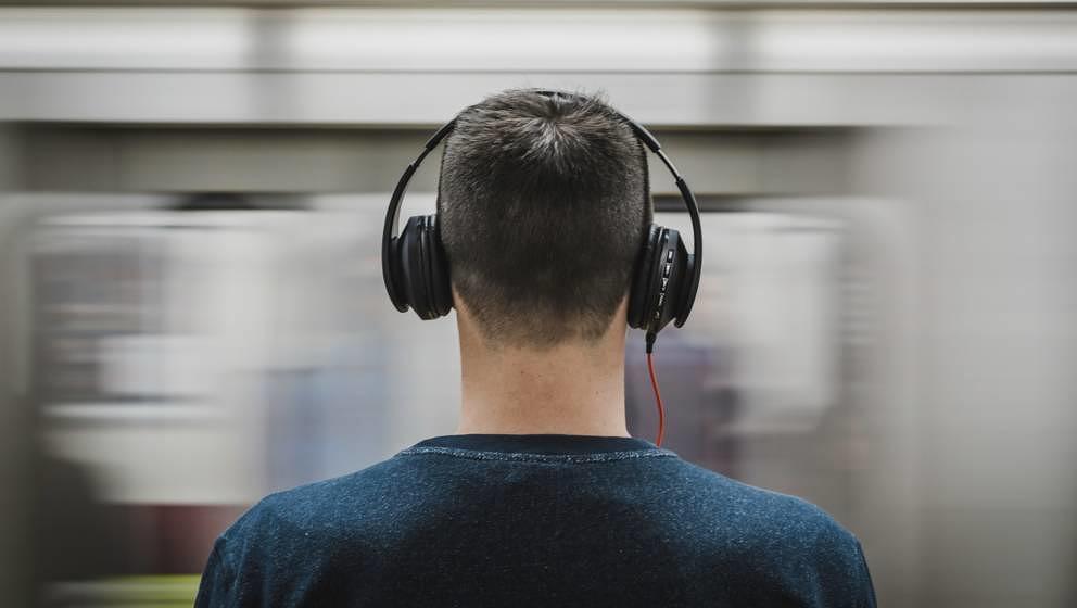 Kopfhörer liefern je nach Form und Technik des Gerätes einen anderen Klang