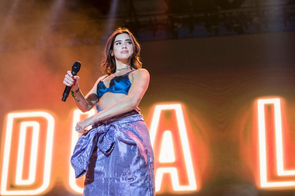 Dua Lipa teilt Informationen zum neuen Album und Tourdates für...