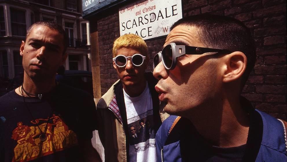 Beastie Boys, group portrait , United Kingdom, 1994. L-R Adam Yauch, Adam Horovitz (Ad-Rock) and Mike Diamond (Mike D). (Phot