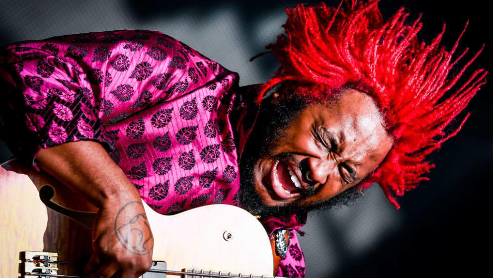 LOS ANGELES, CA - JULY 22:  Thundercat performs onstage during day 2 of FYF Fest 2017 at Exposition Park on July 22, 2017 in
