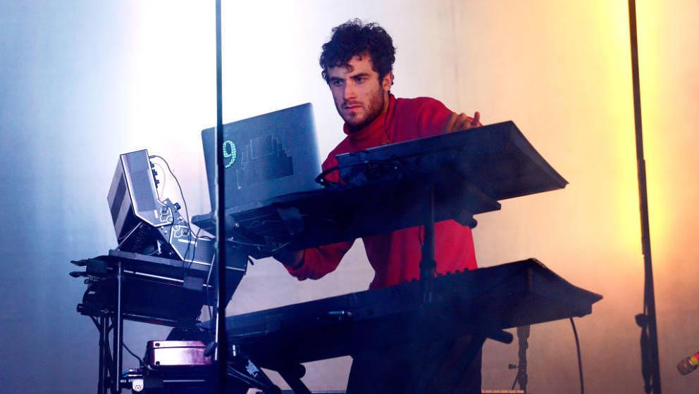 Nicolas Jaar macht Vorfreude auf neue Tracks.