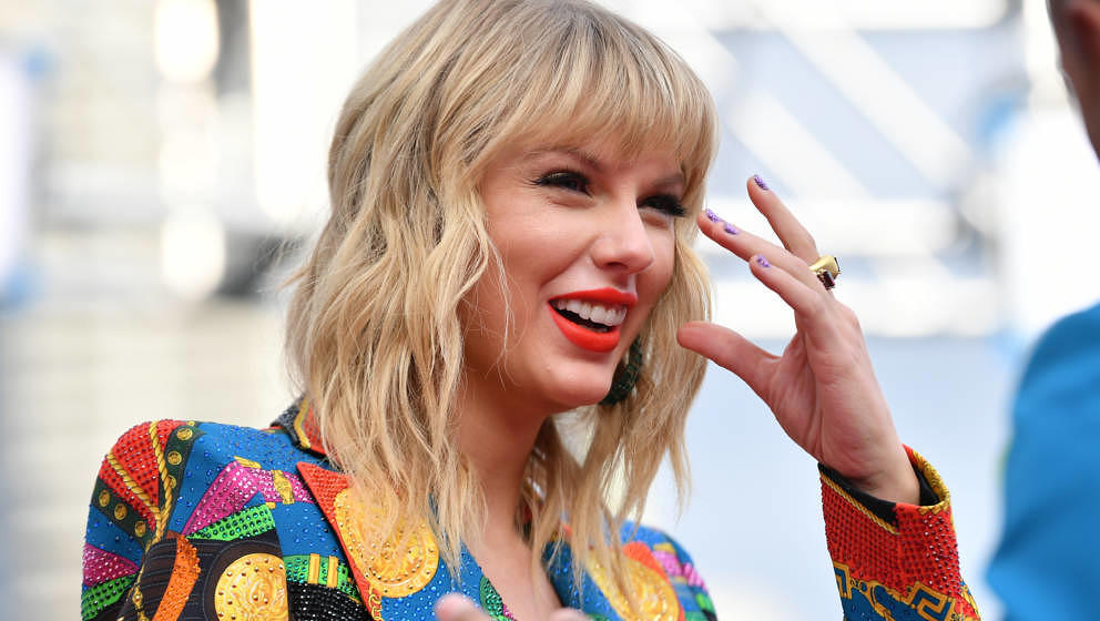 NEWARK, NEW JERSEY - AUGUST 26: Taylor Swift attends the 2019 MTV Video Music Awards at Prudential Center on August 26, 2019