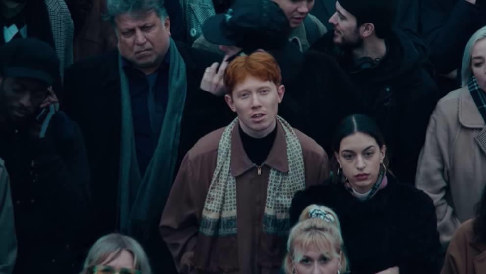 "King Krule in dem Musikvideo zu seiner neuen Single ""Alone, Omen 3""."