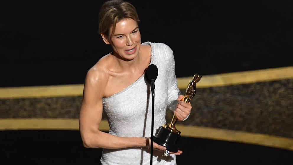 Zu wenig gesagt: Renee Zellweger bei ihrer Oscar-Dankesrede 2020.