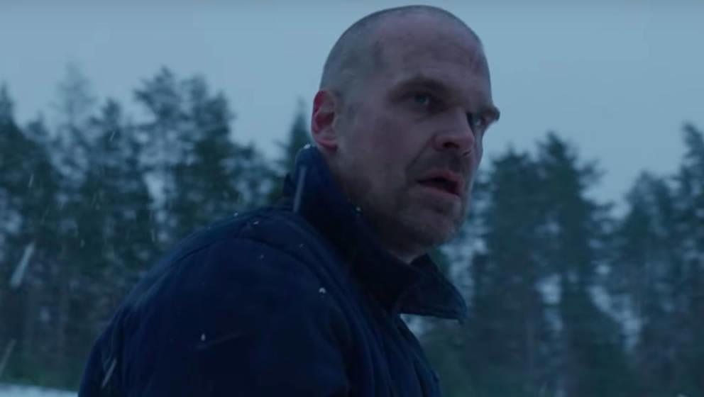 """Er lebt: Jim Hopper im Teaser zur vierten Staffel """"Stranger Things"""""""