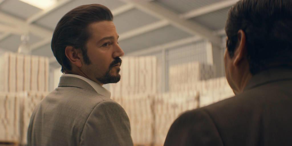 """Narcos: Mexico"" (Staffel 2) auf Netflix: Nach Aufstieg kommt Fall des Miguel Ángel Félix Gallardo"