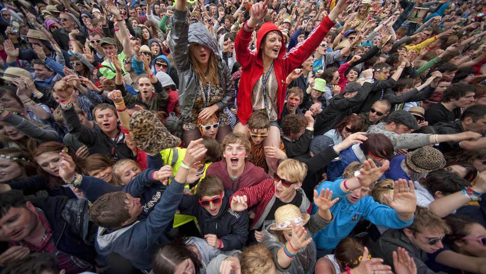 Jugendliche bei einem Festival in Großbritannien.