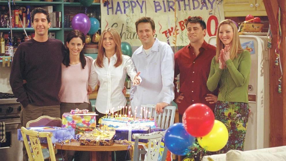 Grund zum Feiern: David Schwimmer, Courteney Cox, Jennifer Aniston, Matthew Perry, Matt LeBlanc und Lisa Kudrow werden noch e